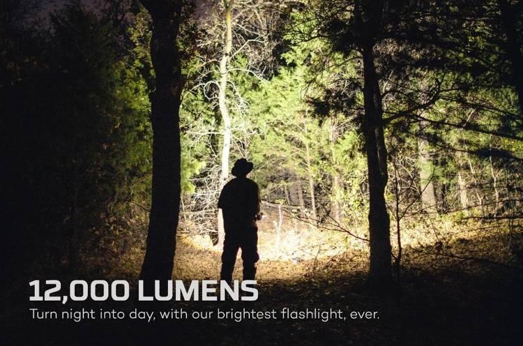 NEBO Latarka 12K lumenów